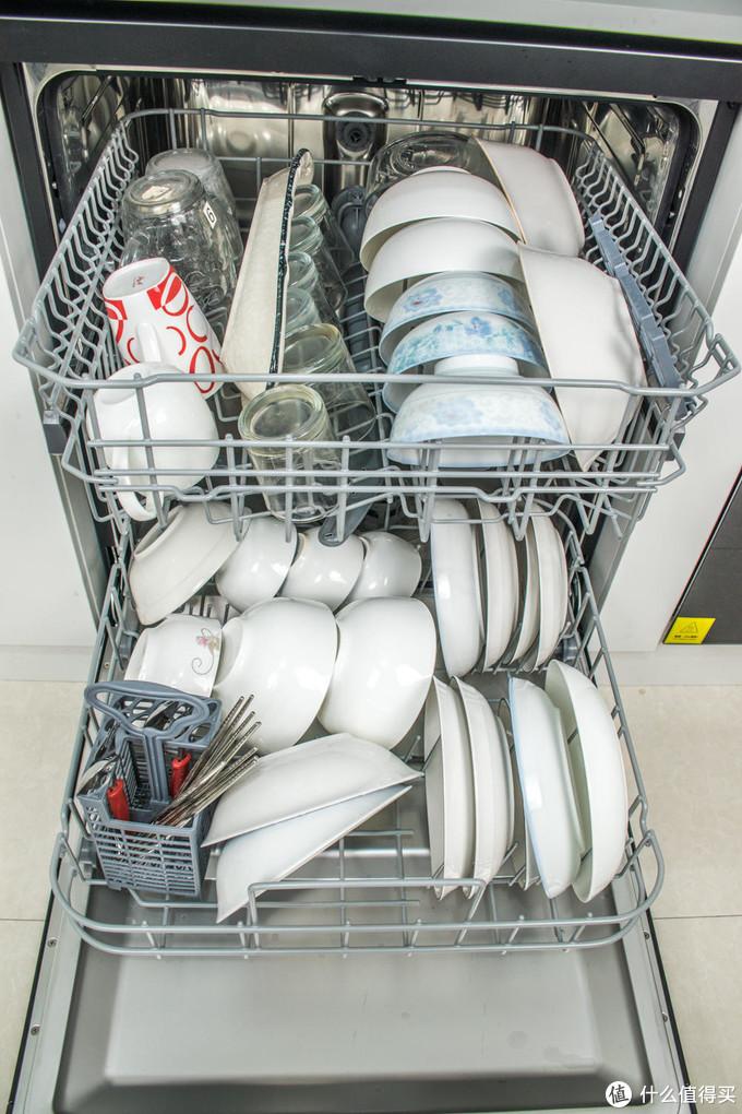 80℃智慧微蒸汽-海尔haier 家用智能 13套EYW13028BKTU1消毒型洗碗机