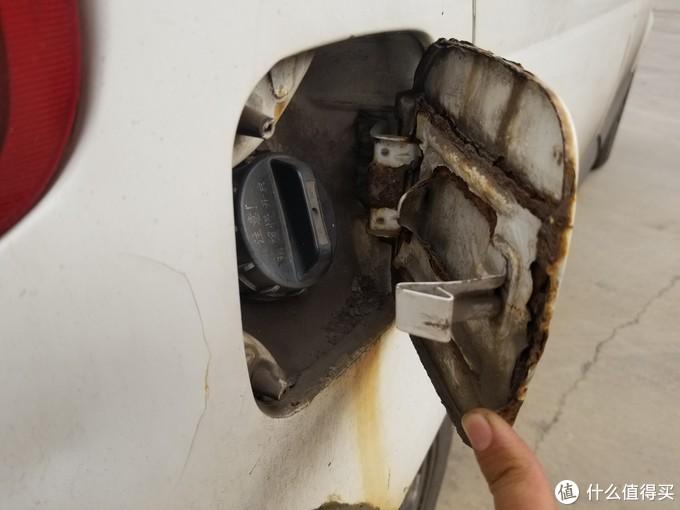 三缸神车百公里烧机油一升,土豪车主竟无悔