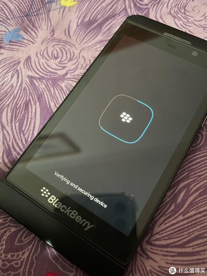 凡是过往,皆可珍惜——回想我的数码产品篇一,黑莓Z10智能手机
