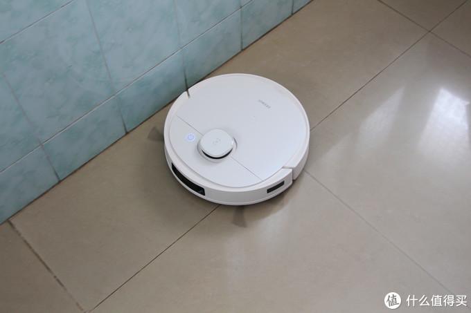 智能扫地机器人怎样选?科沃斯T9全面测试,看完再选准没错