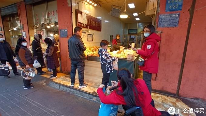 农贸市场里的小店