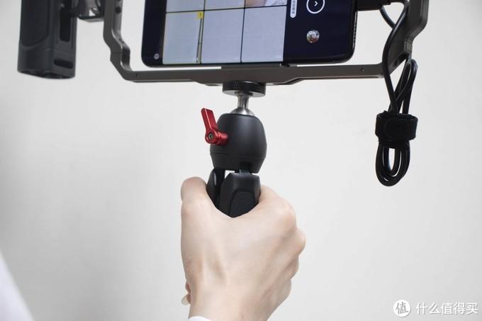 怎么用手机拍摄专业视频?你需要这一套斯莫格摄影工具