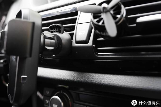 车充还是无线的好-摩米士车载无线充电支架