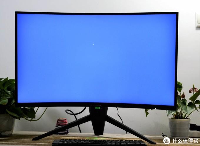 蚂蚁电竞ANT32VQC体验,硬朗设计风炫酷十足,屏幕性能更出色