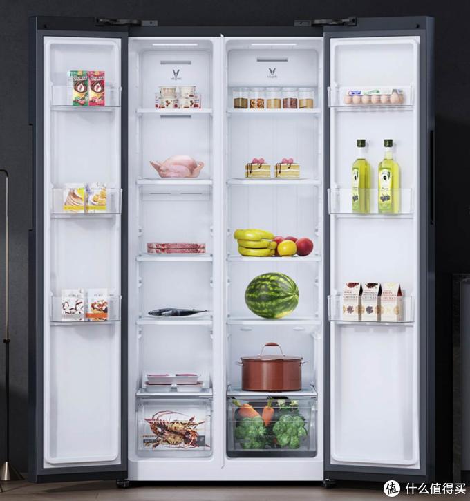 对开门冰箱例子:以云米518升对开门冰箱云小鲜为例,左侧冷冻空间,右侧是冷藏空间。