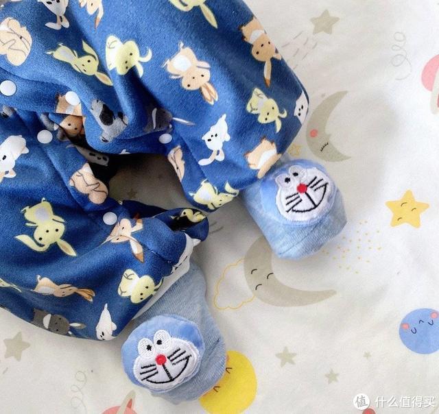 """新生宝宝""""从头到脚""""怎么穿?这份新生儿穿戴攻略,新手爸妈收藏"""