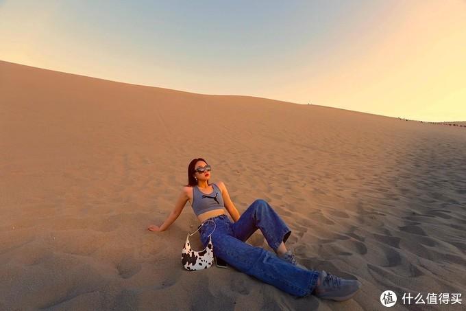 一趟大西北暴晒之旅,同行的十个人里就我没晒黑,我就是沙漠里最靓的仔!