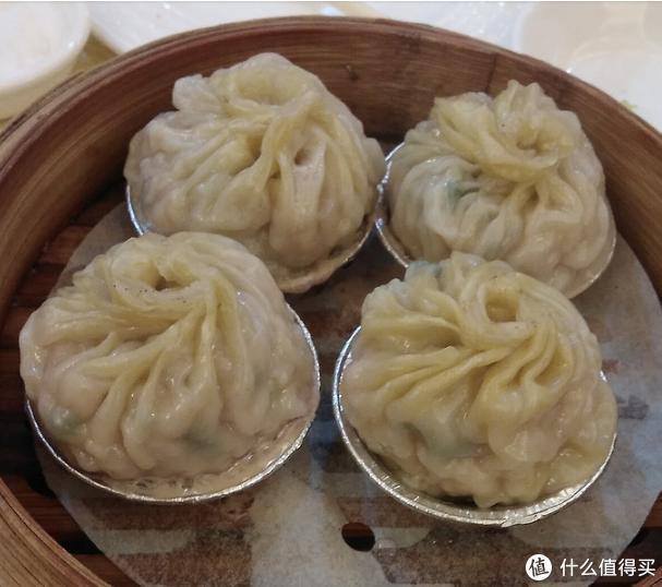 里面满满的肉馅,比北京的小笼包强百倍