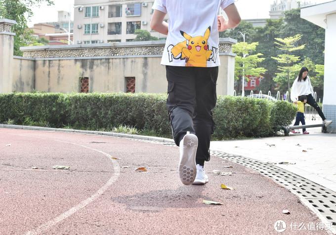 迈开步子任性造,百元好物咕咚5K跑鞋体验分享