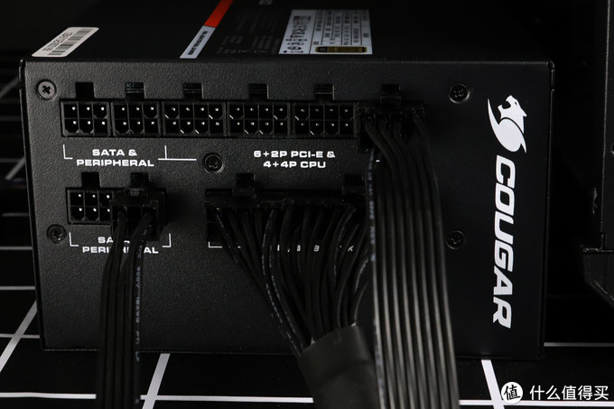 炫酷还实用——骨伽魔影I7机箱+GEX850金牌全模组电源安装体验