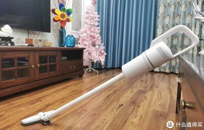 喜提家务小能手一枚,苏宁小Biu手持吸尘器使用评测