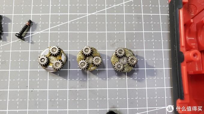 三层的减速传动齿轮结构,全金属件