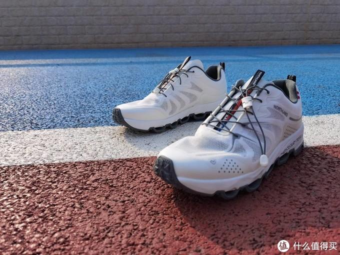 """""""拱桥式""""鞋底,轻弹减震,诺诗兰SKYECO 徒步鞋体验"""