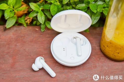 性价比高的蓝牙耳机推荐、给大家推荐几款高性价蓝牙耳机