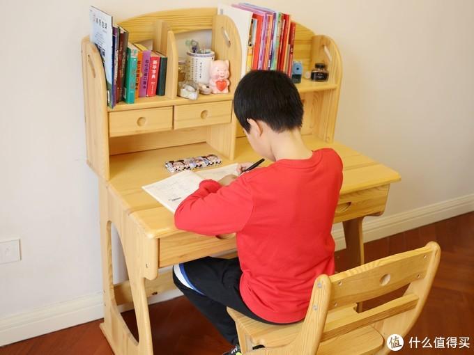 你孩子跟学霸只差一个学习桌(附学习桌选购方法及闭坑经验)