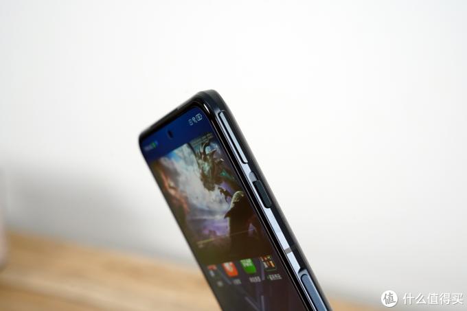 黑鲨4 Pro游戏手机体验:终于找到方向,不再剑走偏锋