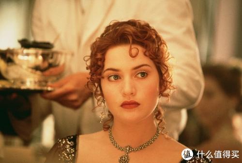 拒当纸片人!影视剧中那些美出天际的丰满女神
