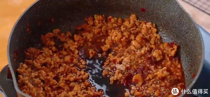 茄子豆腐煲,有汤有有菜,米饭遇到它可就遭殃了