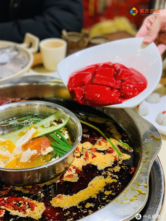 重庆美食攻略:10家截然不同的火锅店盘点,满足你的所有需求!