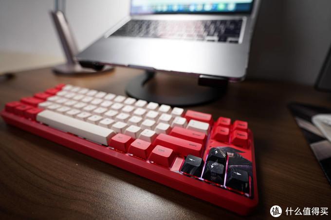 敬属于国人的刀马江湖,黑爵《镖人》联名机械键盘热血开箱