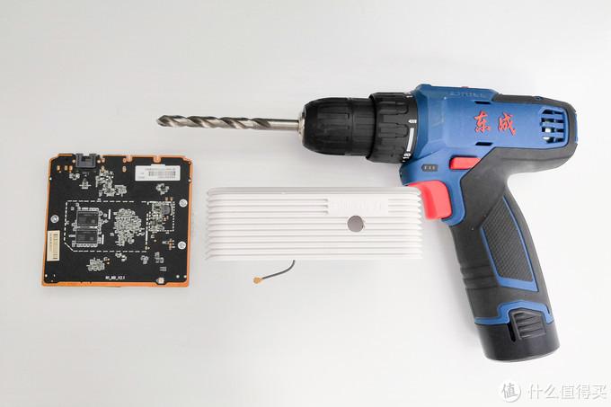 拔插头太麻烦,为N1加装可自动断电的开关组件