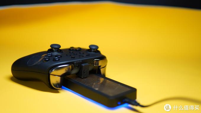 游戏手柄也能无线充电,即放即充超便捷,谷粒充电器套装体验