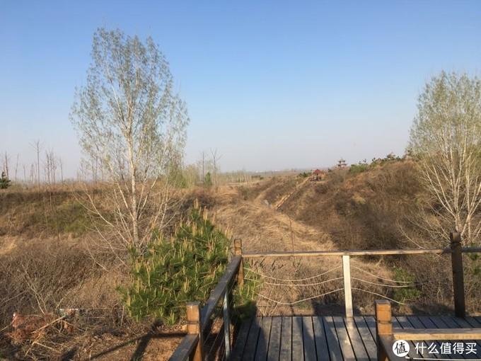 原来那个好大的山谷的一部分被开发出来,叫做化龙涧,甚至有了一个传说故事。