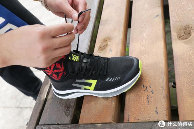 FREETIE 缓震超轻运动鞋体验:价格便宜,配置厚道