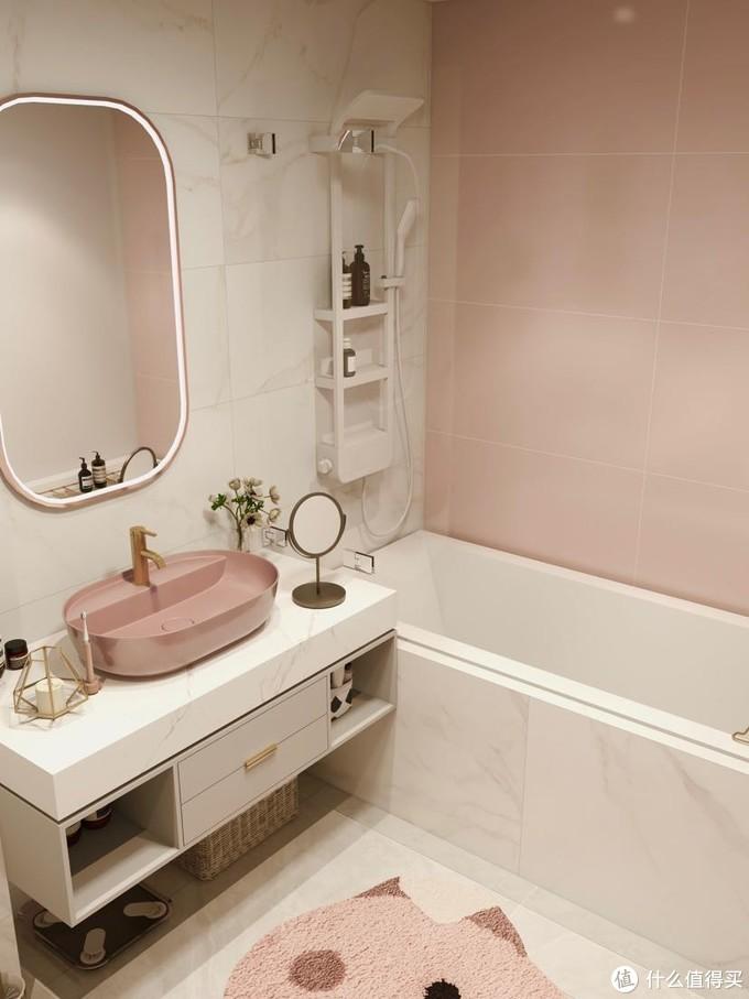粉色ins风浴室搭配黑科技花洒,超幸福宅家!