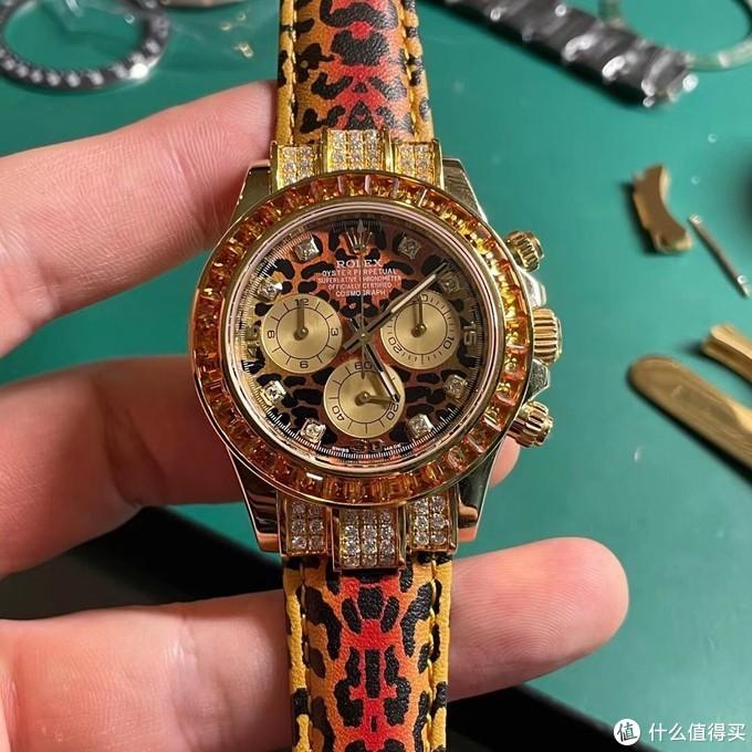 朗哲钟艺:当劳力士遇到豹纹,改装出不一样的迪通拿116598SACO