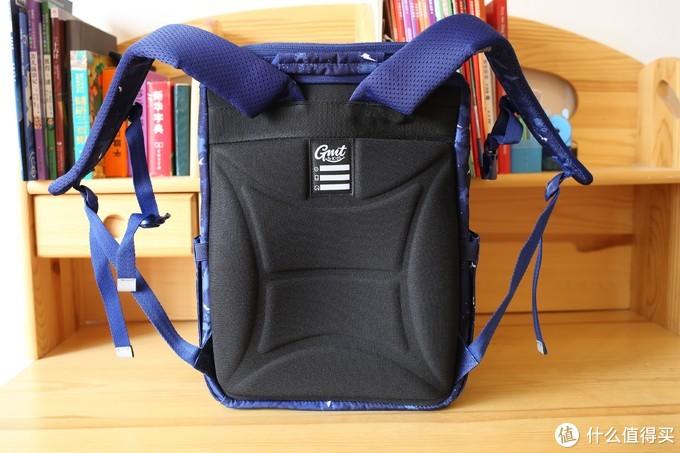 GMT for Kids儿童书包:轻巧护脊,减轻双肩压力