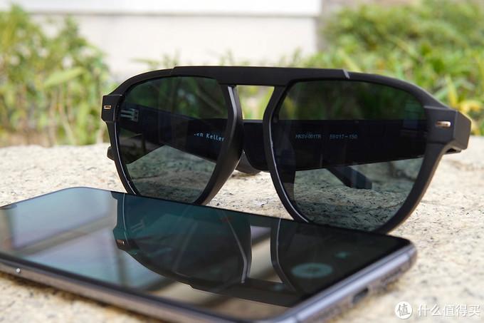 潮人出街新装备!海伦凯勒智能音频眼镜玩法多