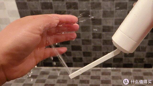能装进口袋的智能马桶盖可还行?LOEHO 手持便携抗菌清洗机