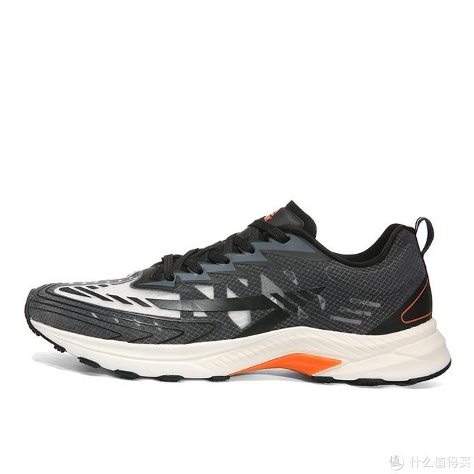 我穿过的最具性价比的国产跑鞋 (从100到1000的选择)