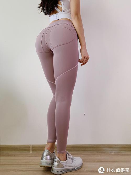 蜜桃臀该如何穿搭?这样穿一定很美!