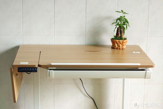 一键升降随心调节,乐歌ET6电动升降多功能桌体验