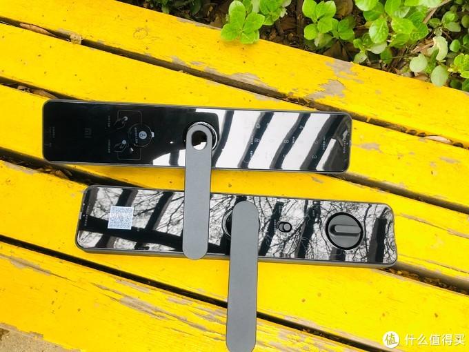 小米1s智能门锁开箱测评,全副武装黑科技加持,不选贵的,只选对的