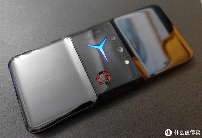 拯救者电竞手机真机上手实拍,OPPO、vivo也要出折叠屏手机?
