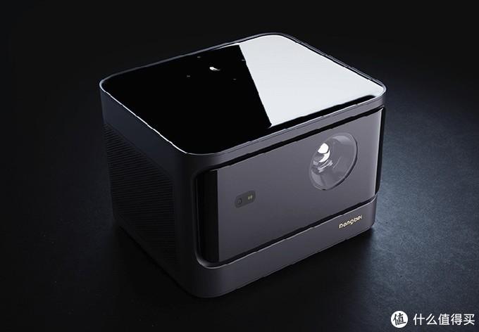 告别黑屋观影时代 当贝发布X3激光光源家用智能投影机