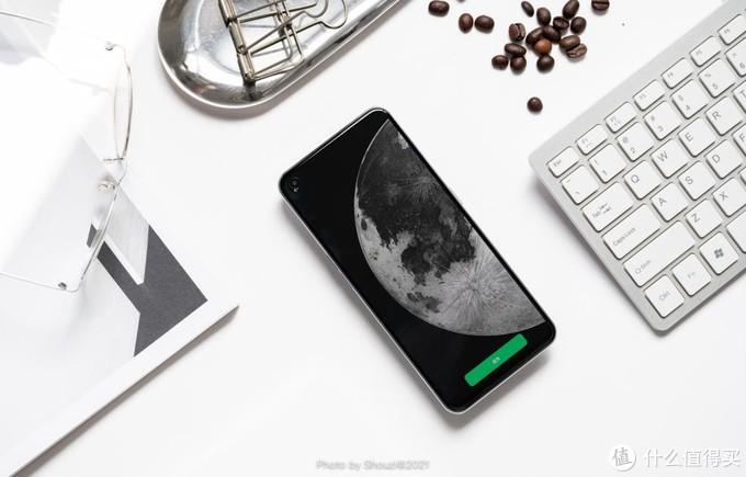realme GT Neo:让两千元价位的手机对抗,更激烈