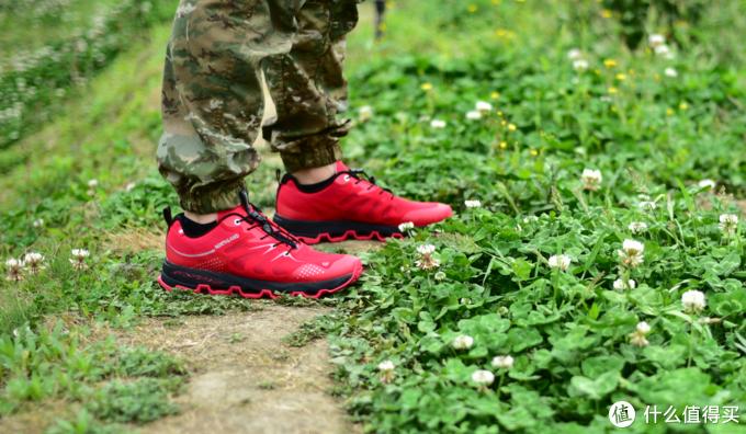 透气性极佳的诺诗兰SKY 1.0ECO轻量化跑鞋体验
