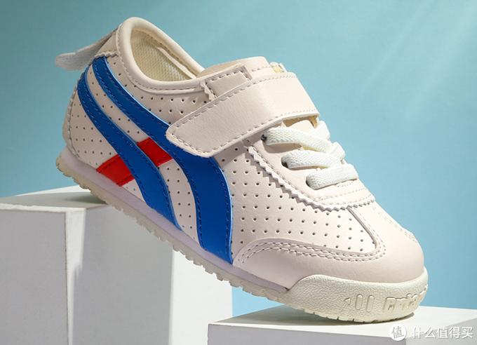 这款式超纤皮哦,可可穿过2双卡特兔的超纤皮小白鞋