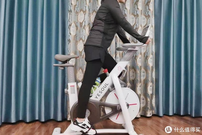 四月不减肥,整年徒伤悲,动感单车这样骑,让你瘦出均匀身材