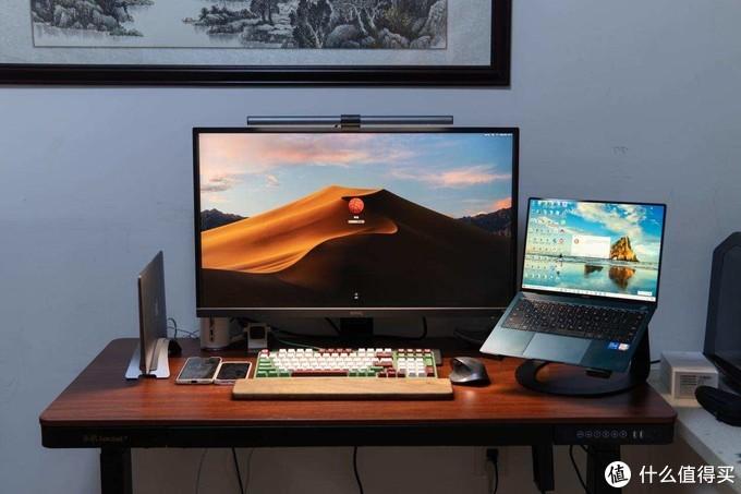 主业财务、副业自媒体,三个电脑一台戏,桌面2.0系列分享