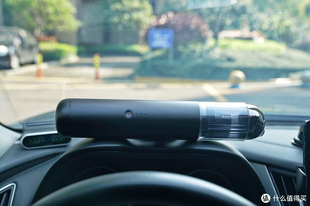 """精巧、便携、多用—不要让""""车载吸尘器""""限制了你的想象!"""