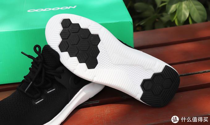 跑步通勤透气舒适,咕咚智能跑鞋5K分享