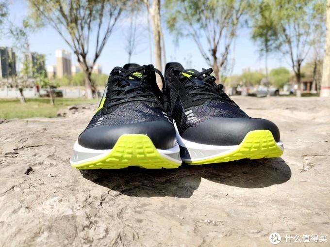 """小米有品又上缓震""""黑科技"""",FREETIE超轻竞速跑鞋体验"""