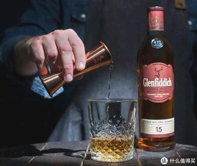 """一杯""""威士忌""""的正确打开方式!手把手教你喝威士忌(建议收藏哟)"""