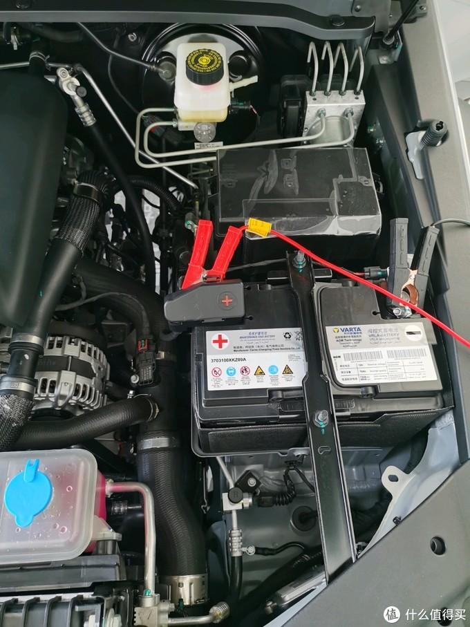 展车一直开着车机,所以电瓶也在一直充电