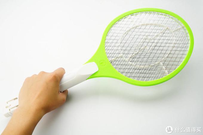拼多多19.9元的电蚊拍能用么?我们拆解5款给你看